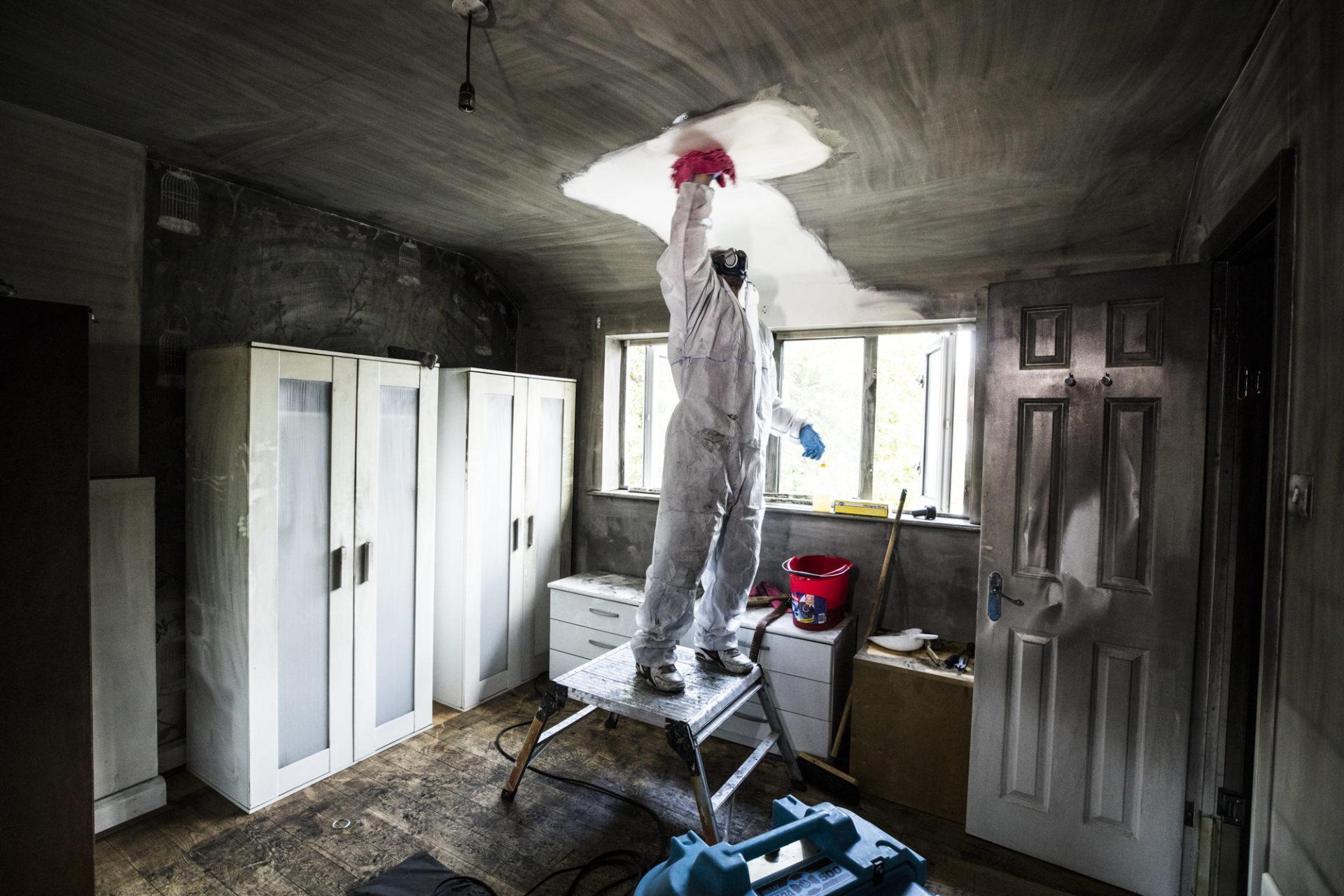 Что делать после пожара в квартире (ремонт квартиры после пожара)